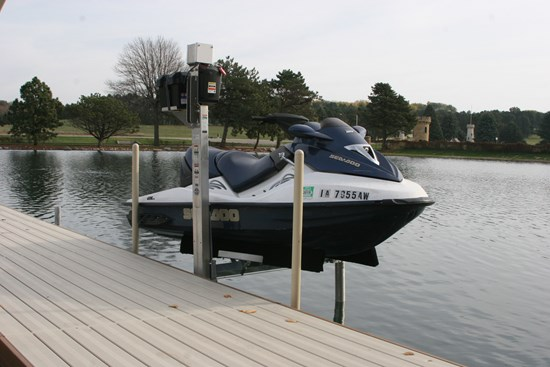 FS Dock-Mount PWC Lift 05