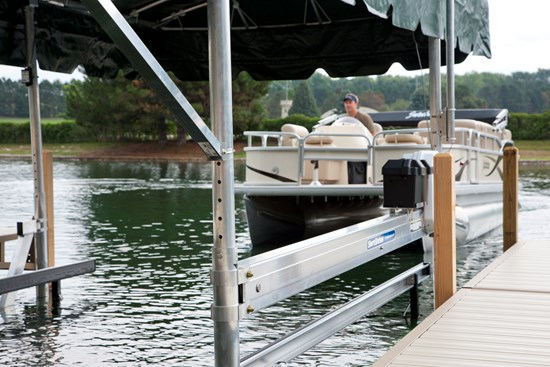 Free Standing Pontoon Lift 25