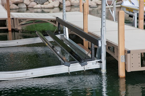 Free Standing Pontoon Lift 28