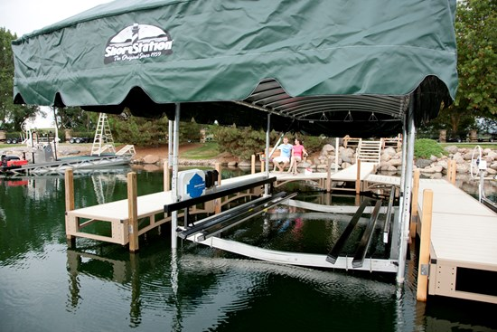 Free Standing Pontoon Lift 30