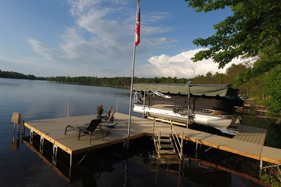 Classic Dock - Egan - Gull Lake